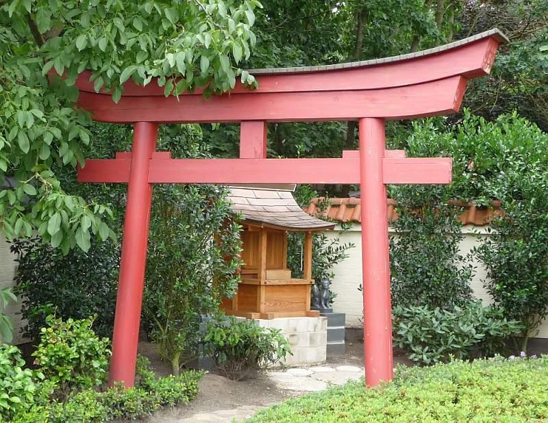 torii aus holz online shop japan gardens design. Black Bedroom Furniture Sets. Home Design Ideas